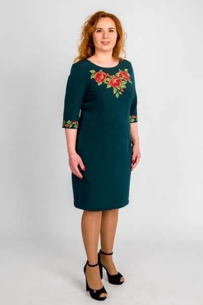 Зелене плаття з вишивкою, арт. 4194 великі розміри