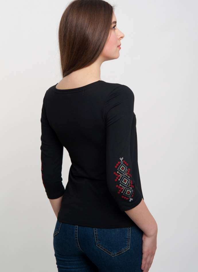 Черная вышиванка-футболка с длинным рукавом, арт. 5121