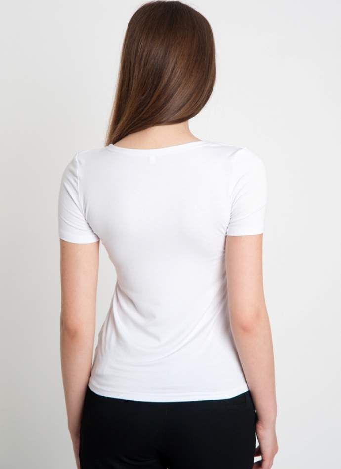 Біла футболка з вишивкою маки, арт. 5123к.р.