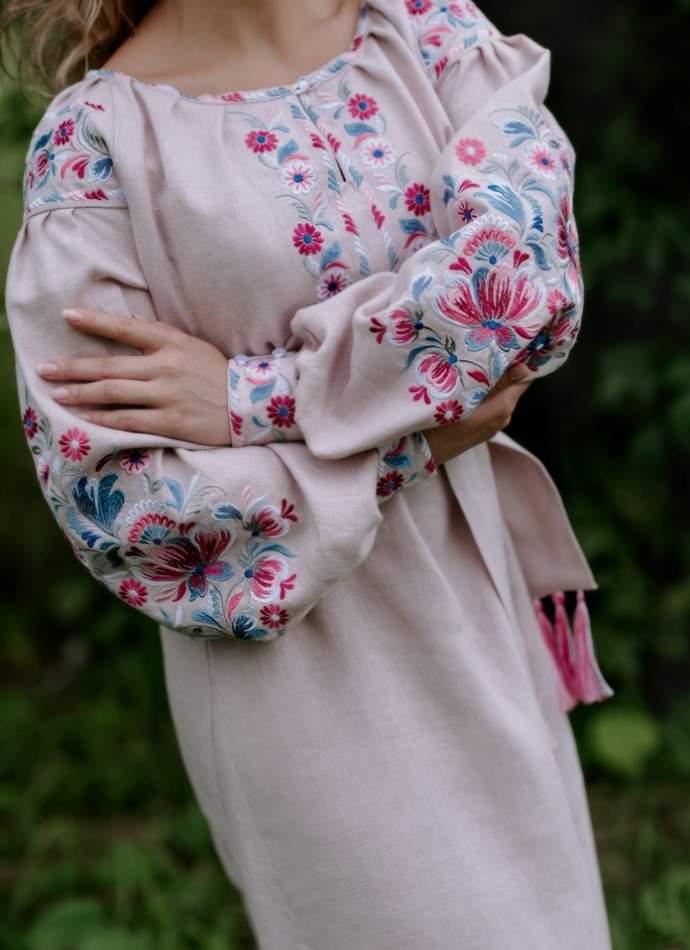 Лляне плаття довге з вишивкою (рожеве), арт. 4549