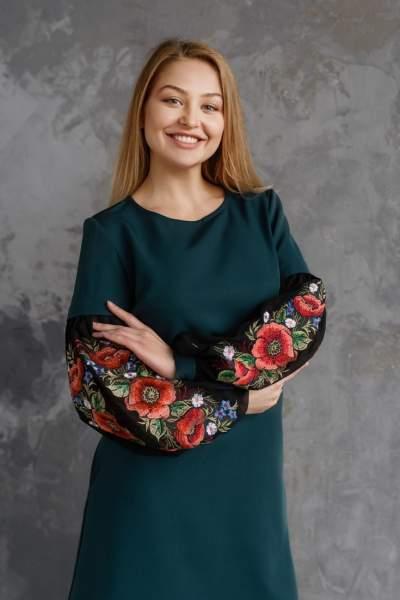 Молодіжне плаття з вишивкою зелене, арт. 4527