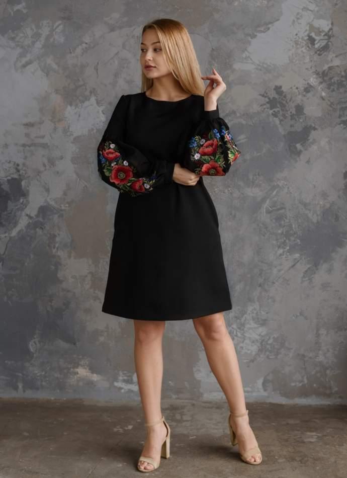 Молодіжне плаття з вишивкою чорне, арт. 4525