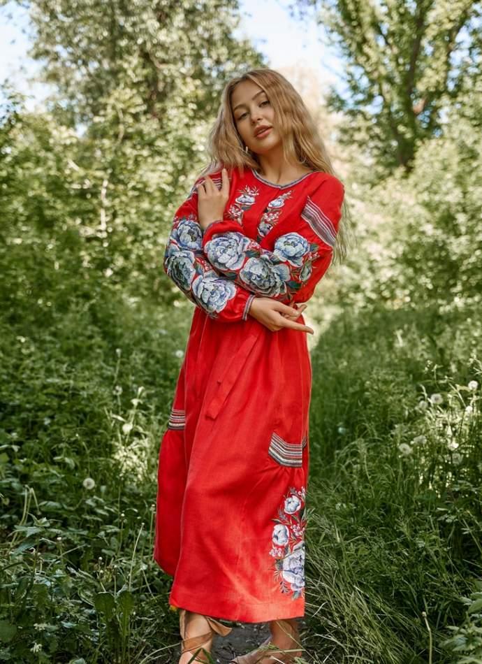 Платье вышиванка в пол (красное), арт. 4531