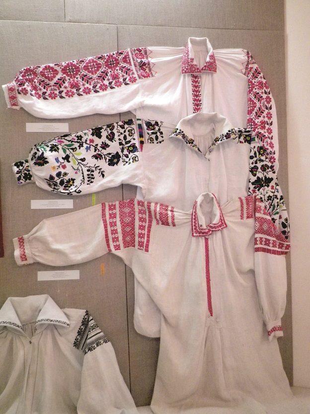 20d6d37b1cb44a Купити вишиванку - вишиванки оптом - вишиті сорочки чоловічі, жіночі ...