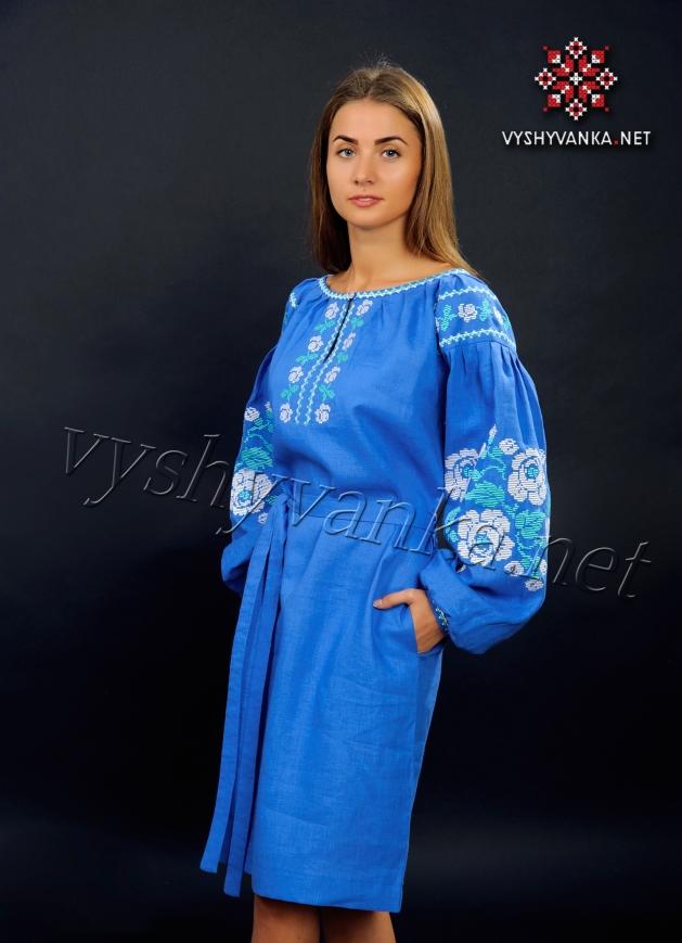 Лляне плаття з вишивкою світло-синє (троянди) 799ddc752a993