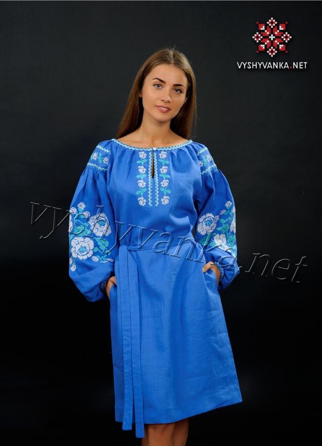 Лляне плаття з вишивкою світло-синє (троянди) 28267aa51007a