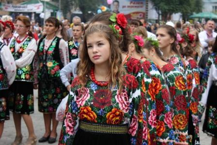 Фестиваль вышиванок в Борщове